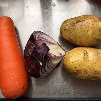 胡萝卜土豆炖牛腩的做法图解2