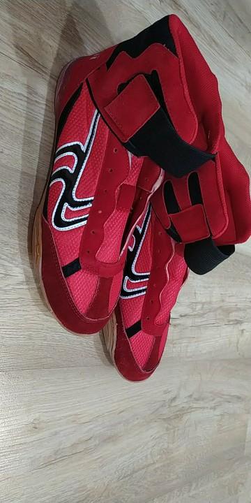 -- Rendas Sapatos Authentic