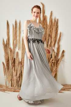 Trendyol Belt Detailed Evening Dress TPRSS19FZ0091
