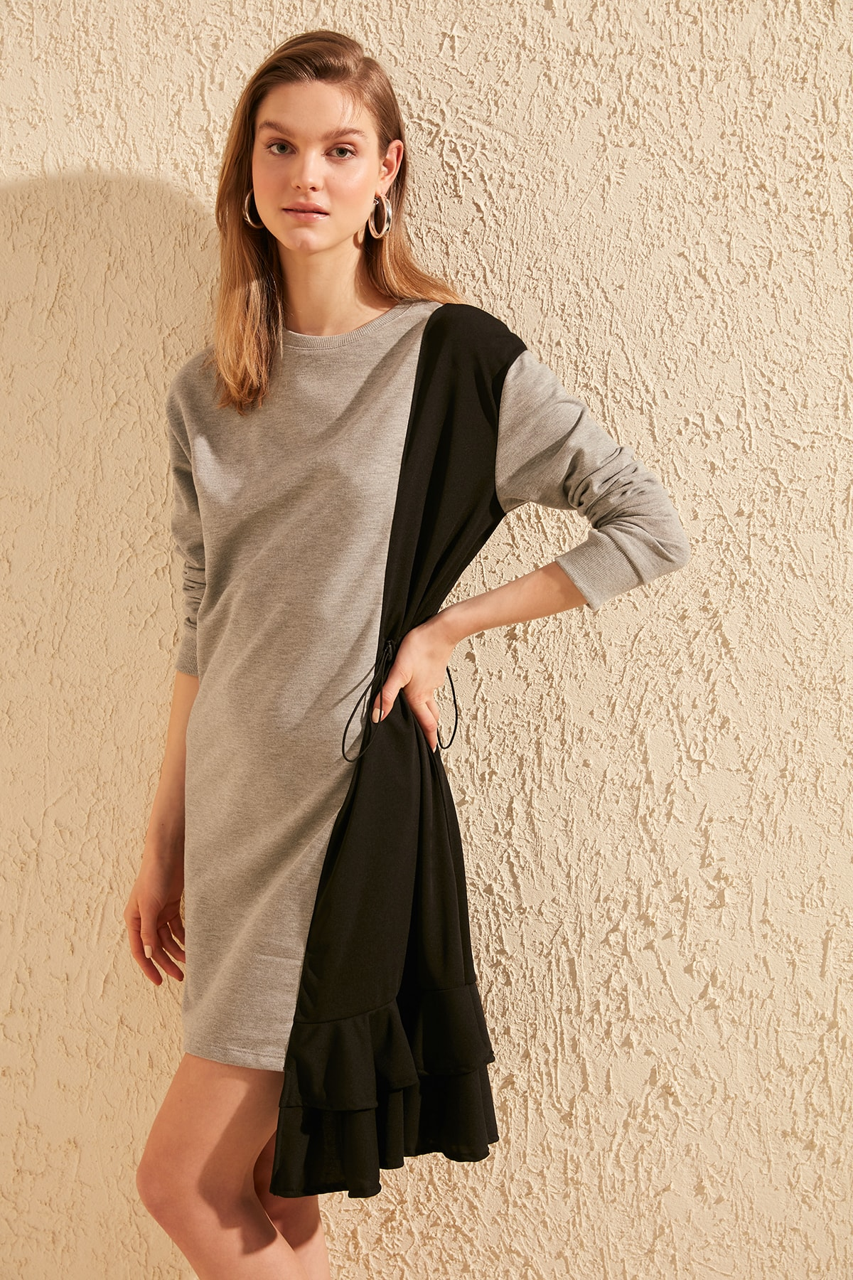 Trendyol With Color Block Shir Detailed Knit Dress TWOSS20EL0672