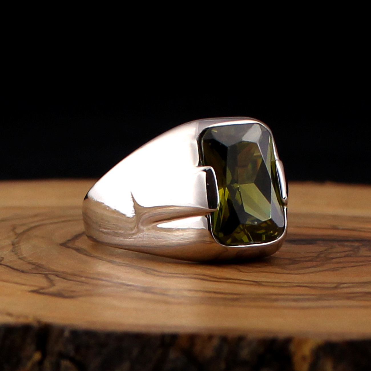 925 Sterling Silver Ring For Men With Olive Green Zircon Stone