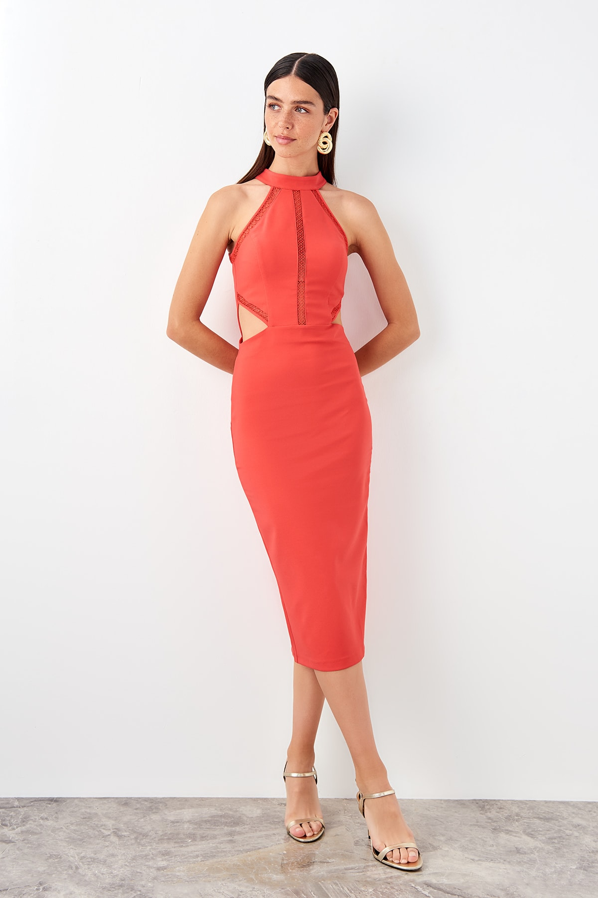Trendyol Red Waist Low-Cut Evening Dress TPRSS19AE0100