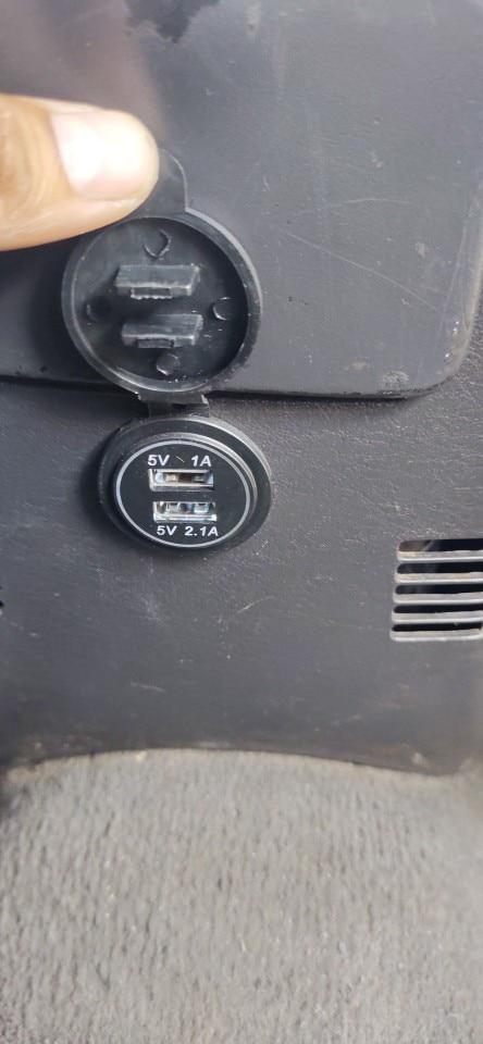 Toma de corriente para coche, Cargador USB Dual de 12V-24V, encendedor de cigarrillos a prueba de agua, adaptador de 5V, 3.1A, p