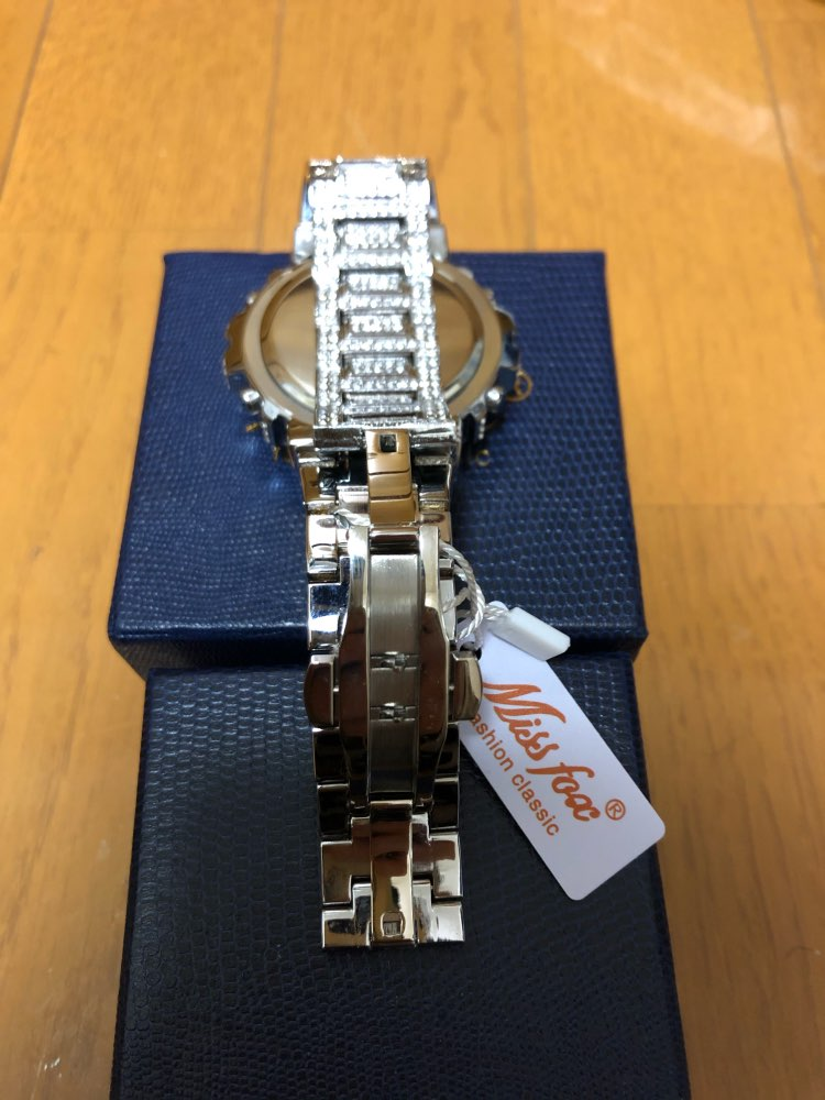 -- Relógio Digital Diamante