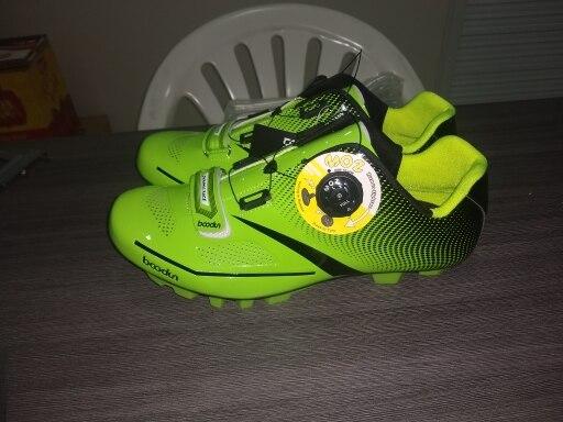 -- Corrida Corrida Sapatos