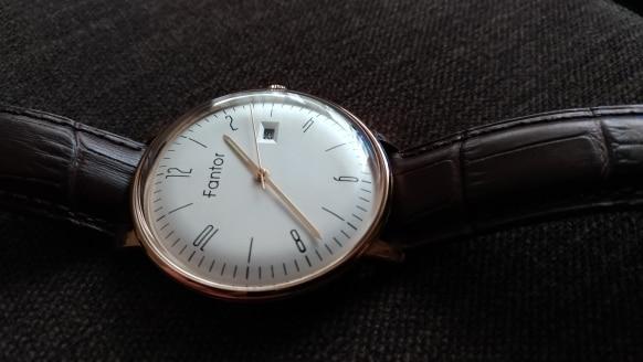 -- Simples Homens Relógio