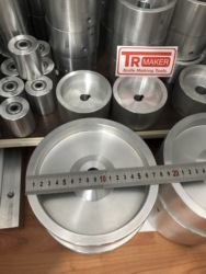 Rueda motriz para trituradora de correa de 7 de diámetro, 24 ejes para picadora de cuchillos 2x72 equilibrada