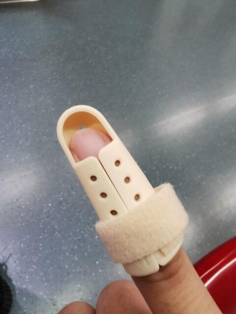 Attelle de doigt protection de la douleur de fracture articulaire