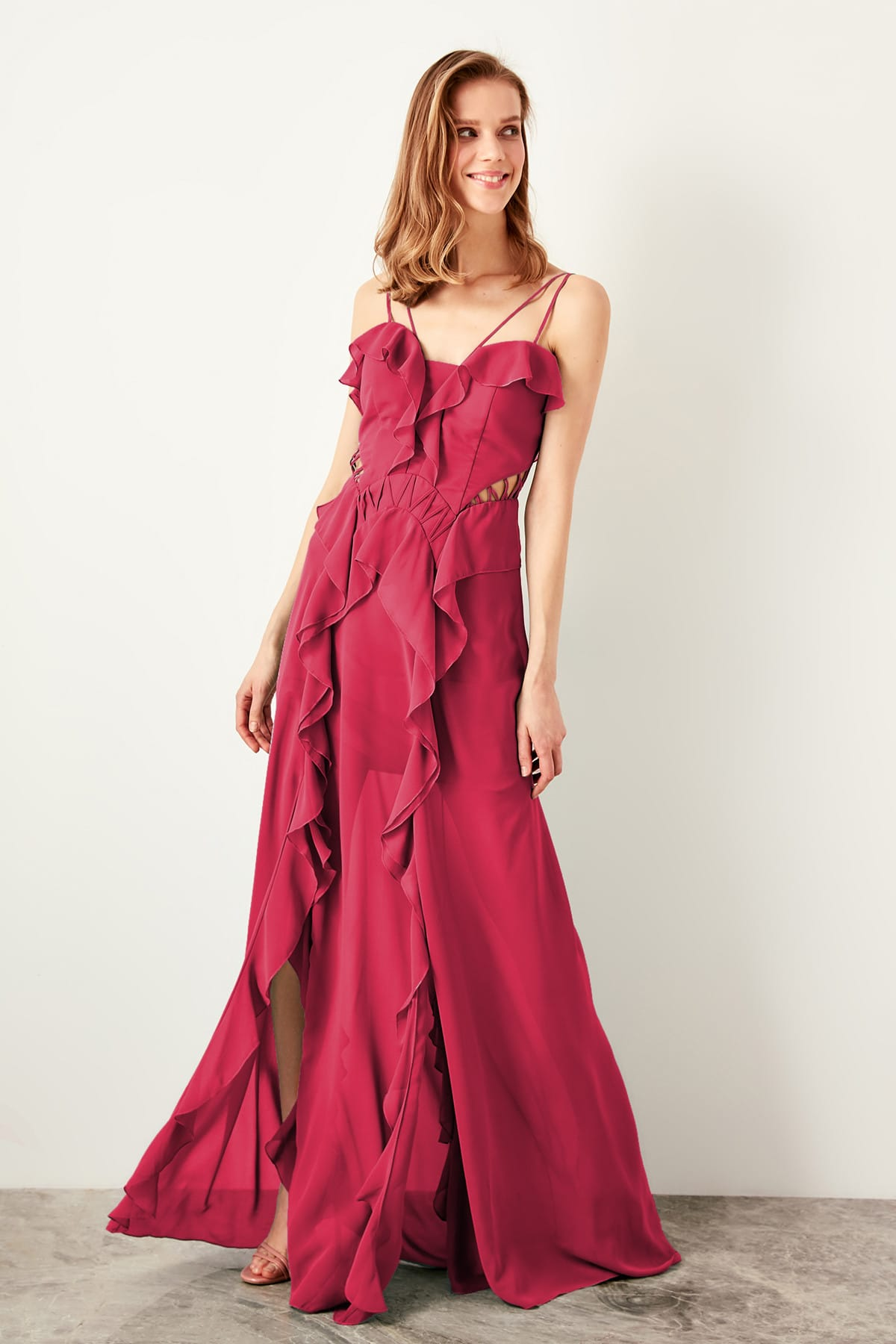 Trendyol Flywheel Detailed Evening Dress TPRSS19VF0007