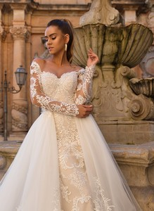 Image 3 - Sexy Mermaid Wedding Dresses Detachable Skirt 2020 Applique Lace Long Sleeve Button Back Bridal Wedding Gowns For Bride