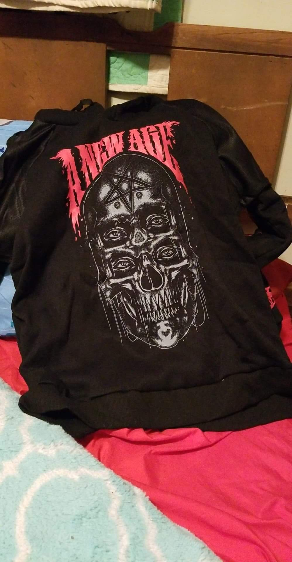 Gothic Skull Print Black Hoodie photo review