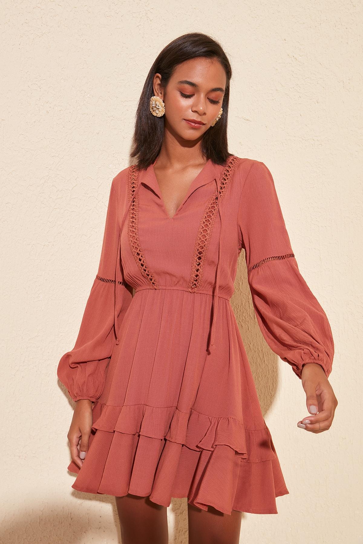 Trendyol Strip Accessorized Viscose Dress TBESS20EL0887