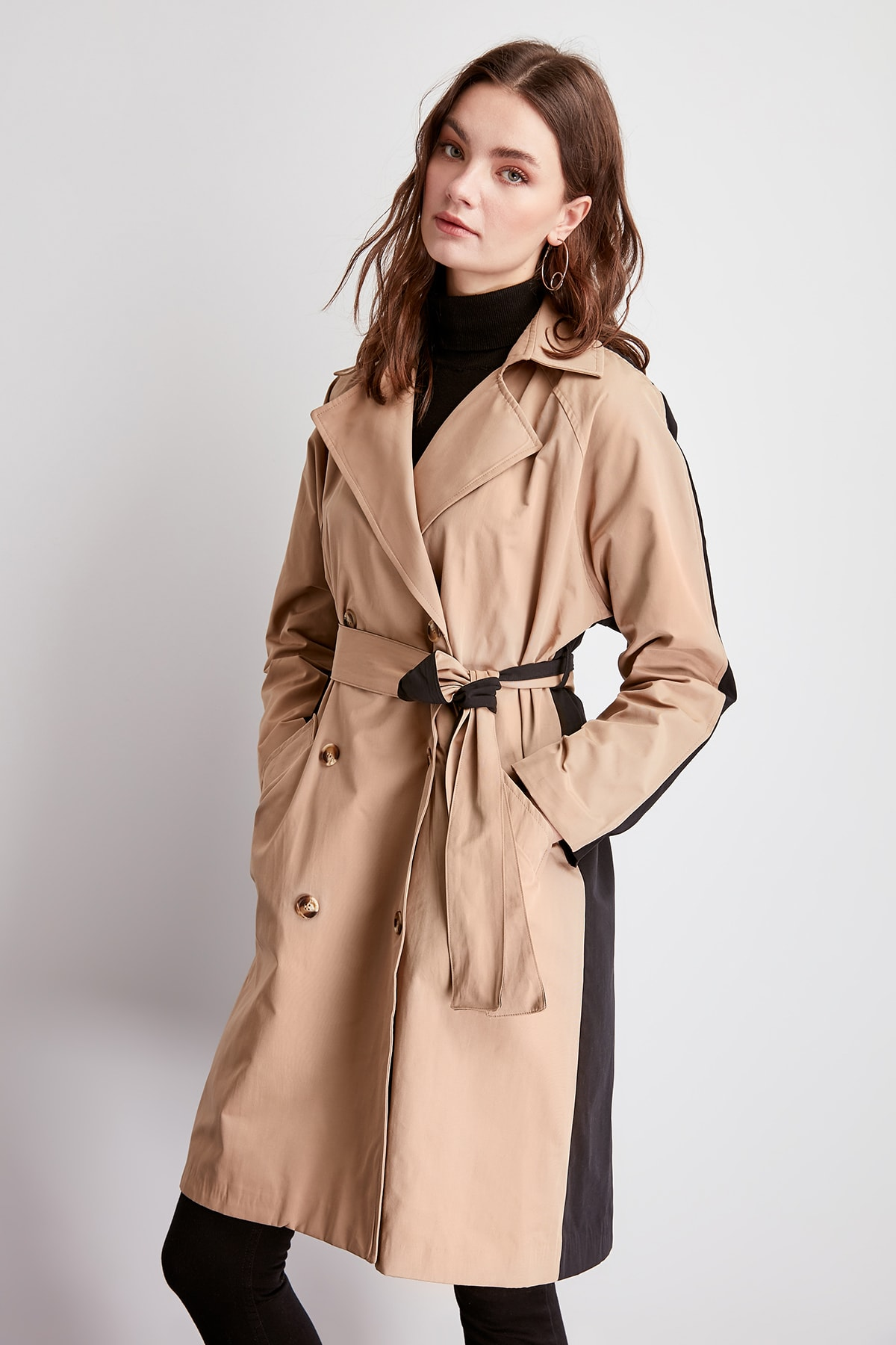 Trendyol With Color Block Long Arched Trench TWOSS20TR0009