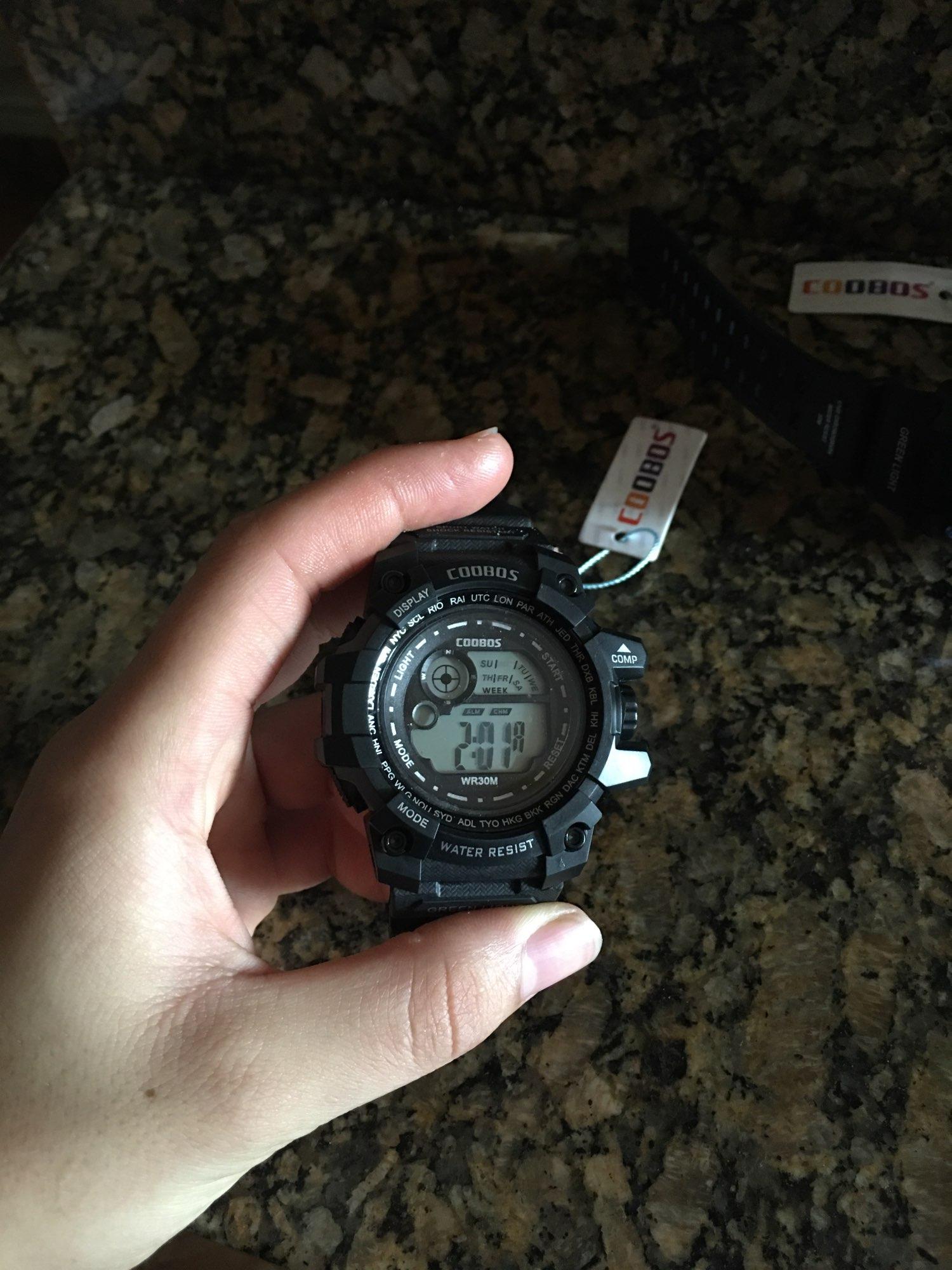Cool Luminous Men Sport Watch High-end Silicone Strap Military Wrist Watch Led Calendar Waterproof Digital Watch reloj de hombre photo review