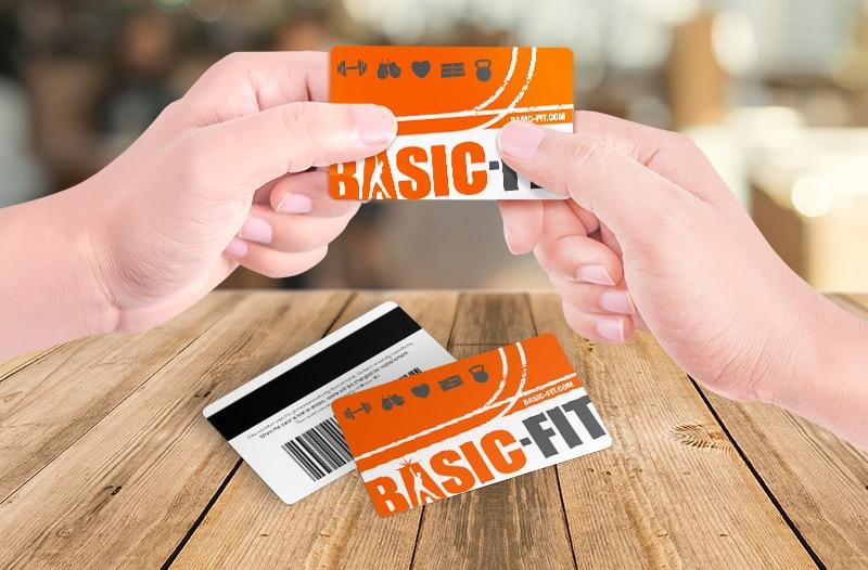 GYM Custom PVC Staff ID Cards Business Plastic Name Card 0.76mm Thickness MOQ 5 Pcs