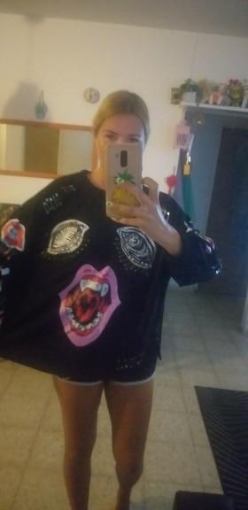 New Korean Cartoon Graffiti Long Sleeves Women Pin Decoration Sweatshirts photo review