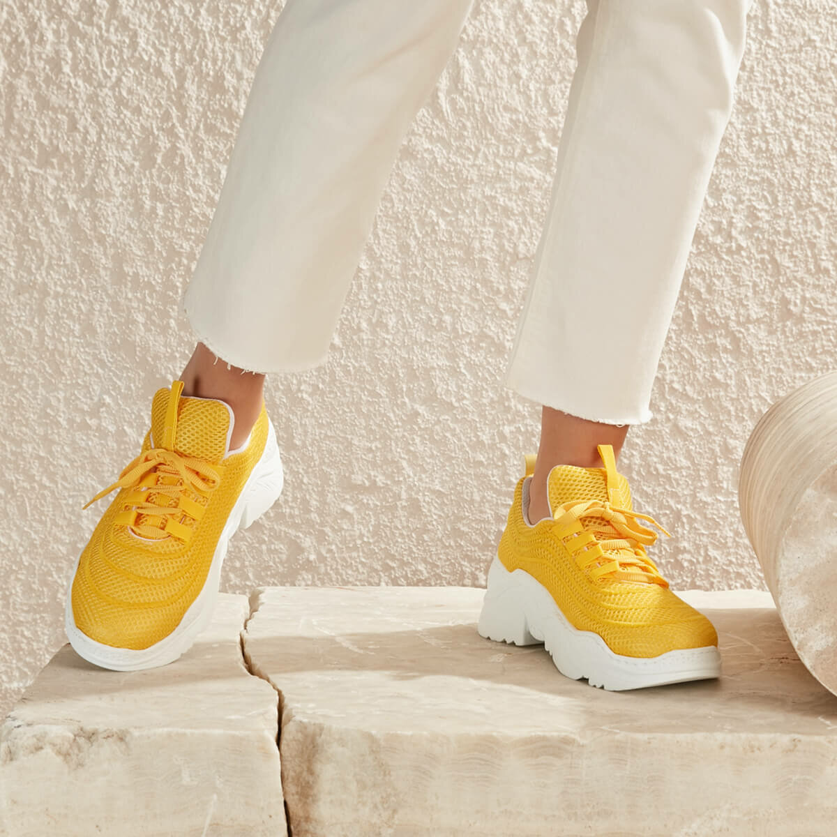 FLO POLLY51Z Yellow Women 'S Sneaker Shoes BUTIGO