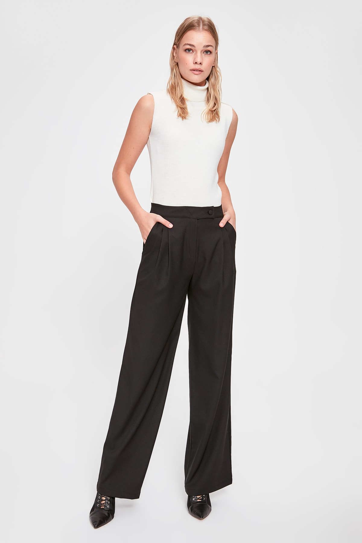 Trendyol Basic Pants TWOAW20PL0426