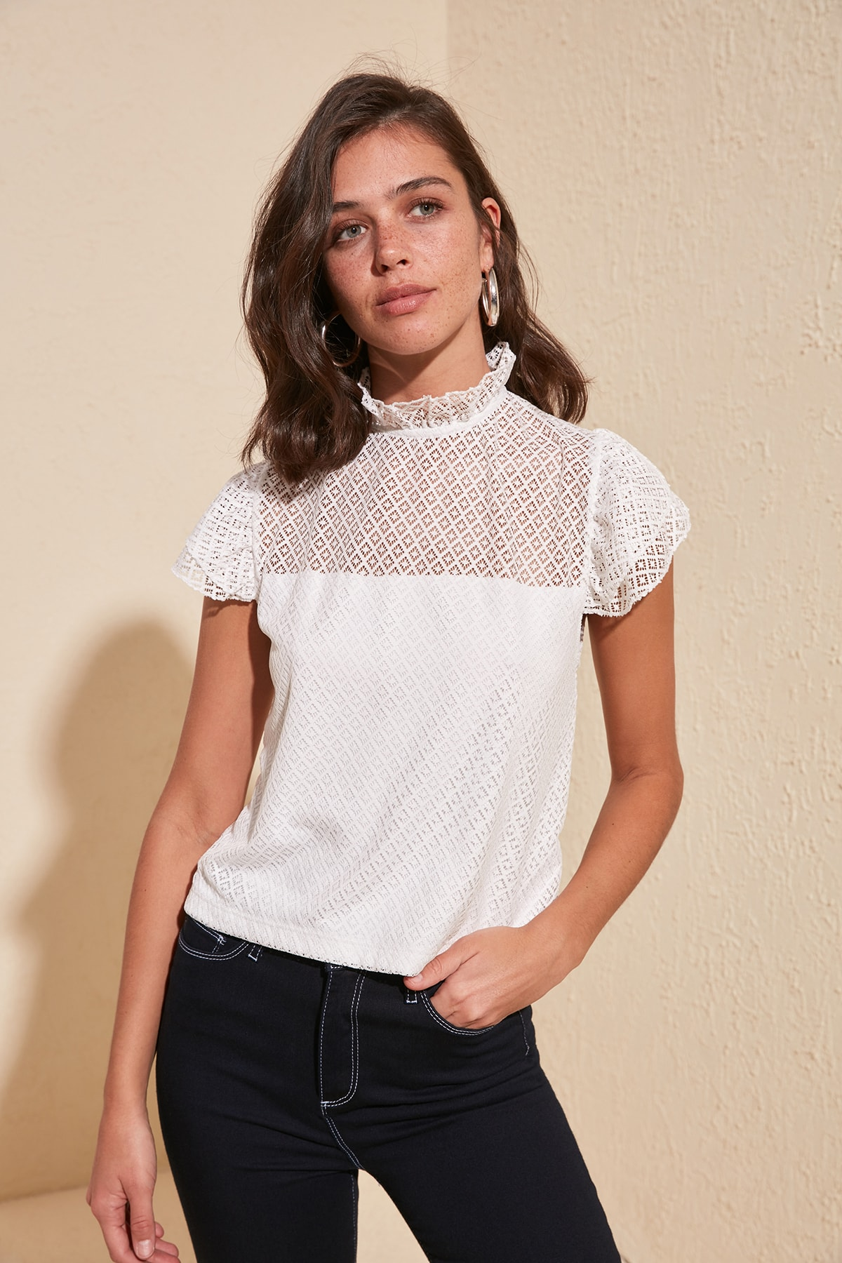 Trendyol Lace Detail Knitted Blouse TWOSS20BZ1073