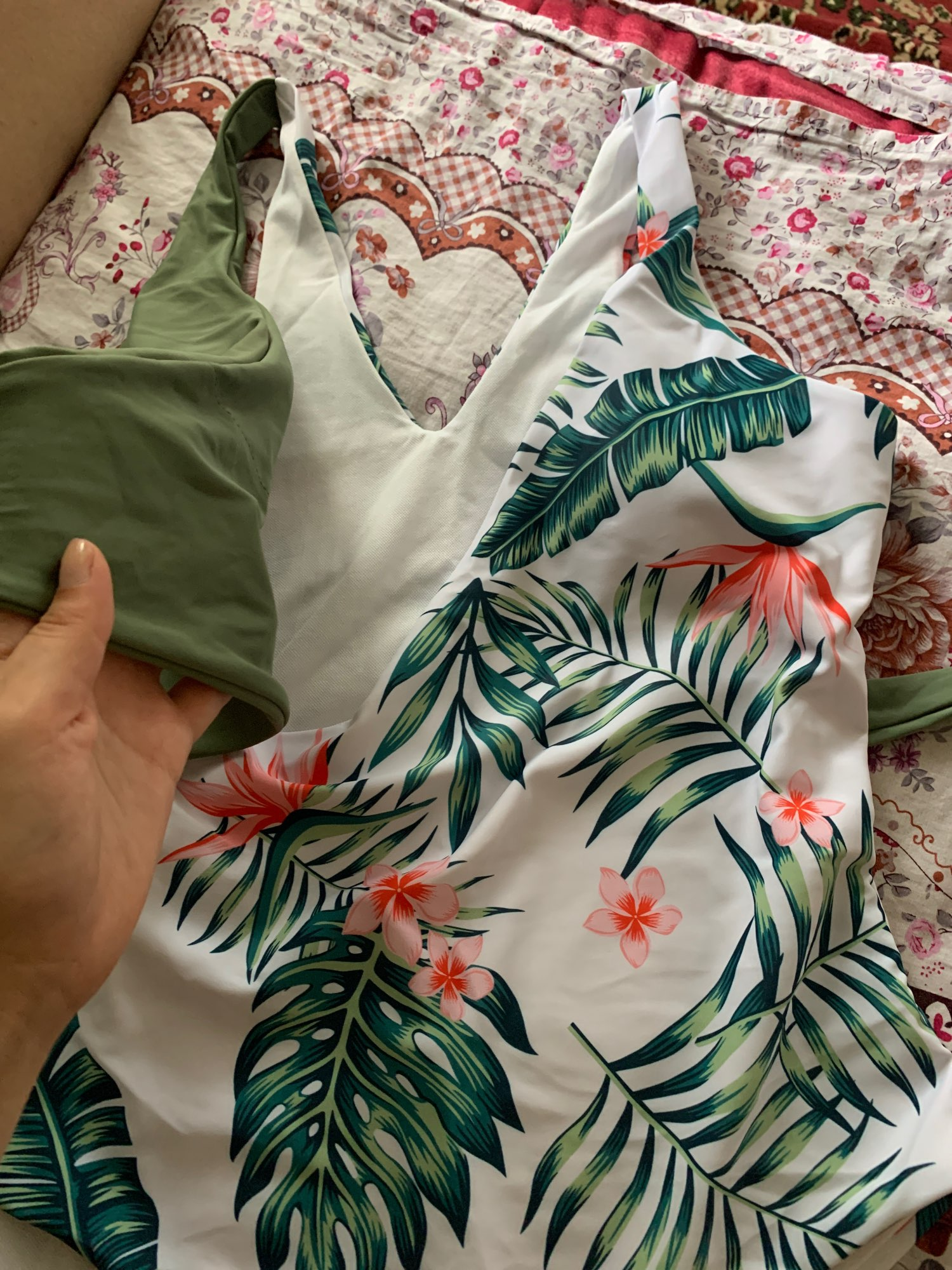 One-Piece Floral Patterned Women's Swimsuit photo review