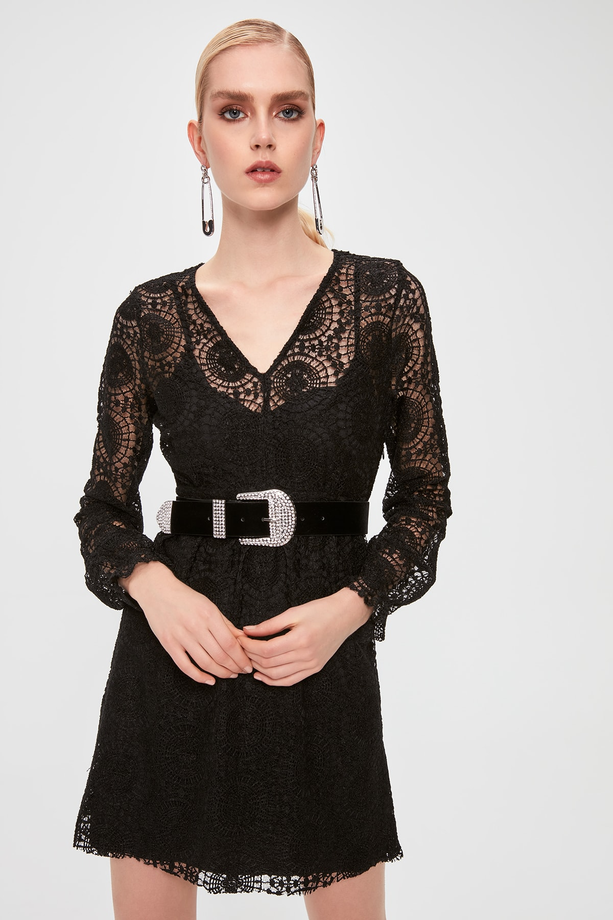 Trendyol Lace Dress TPRAW20EL2144