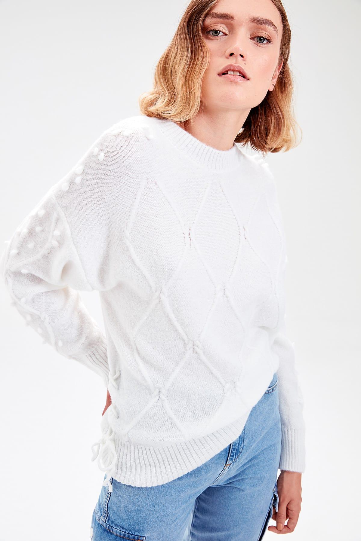 Trendyol WOMEN-Raw White Mesh Detailed Laced Knitwear Sweater TWOAW20NV0019