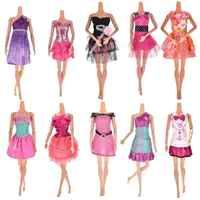 Kleidung für puppen Barbie De Luxe