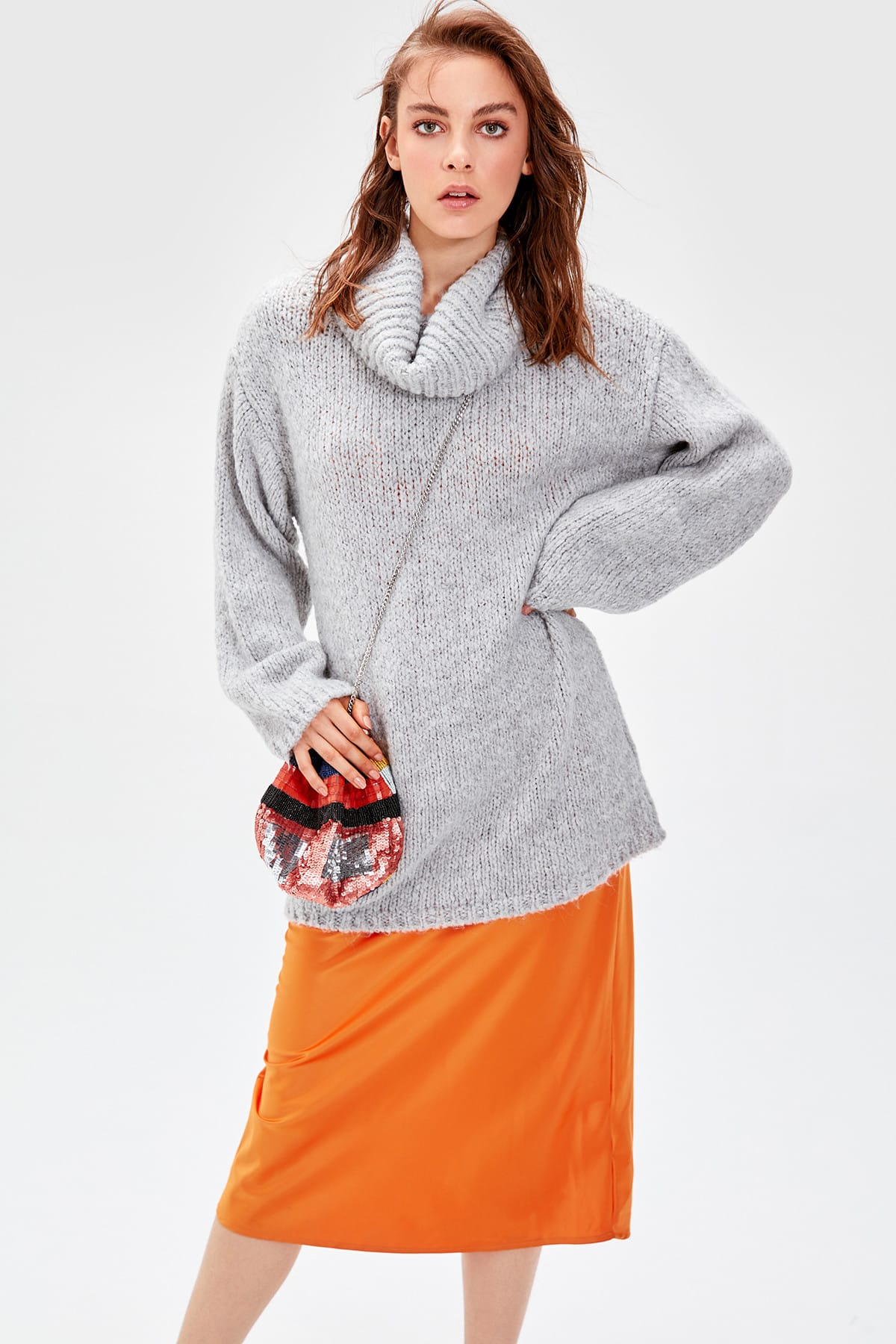Trendyol WOMEN-Gray Funnel Collar Sweater Sweater TWOAW20NV0025