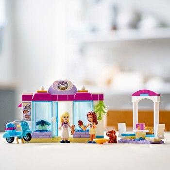 Конструктор LEGO Friends Пекарня Хартлейк-Сити 6