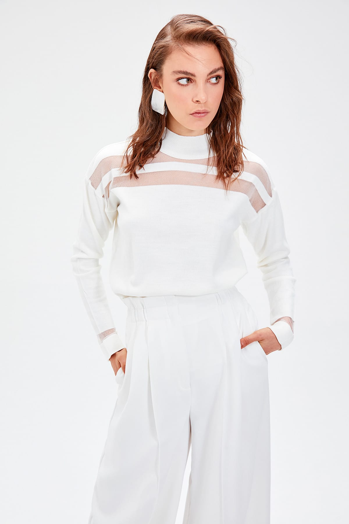 Trendyol WOMEN-Raw White Tulle Detailed Knitwear Sweater TWOAW20FV0046