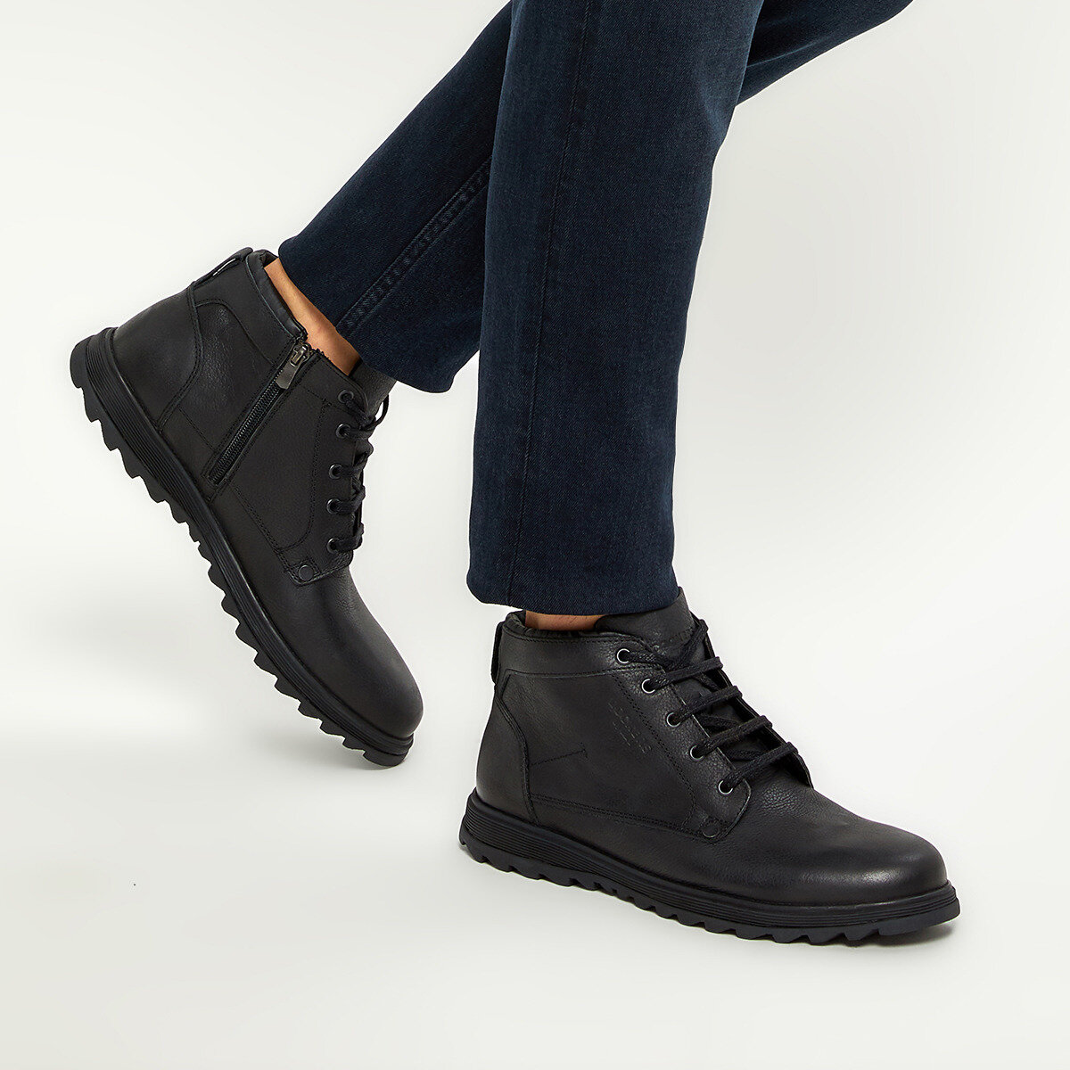 FLO 227146 9PR Black Men Boots By Dockers The Gerle