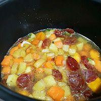土豆腊肠焖饭的做法图解7