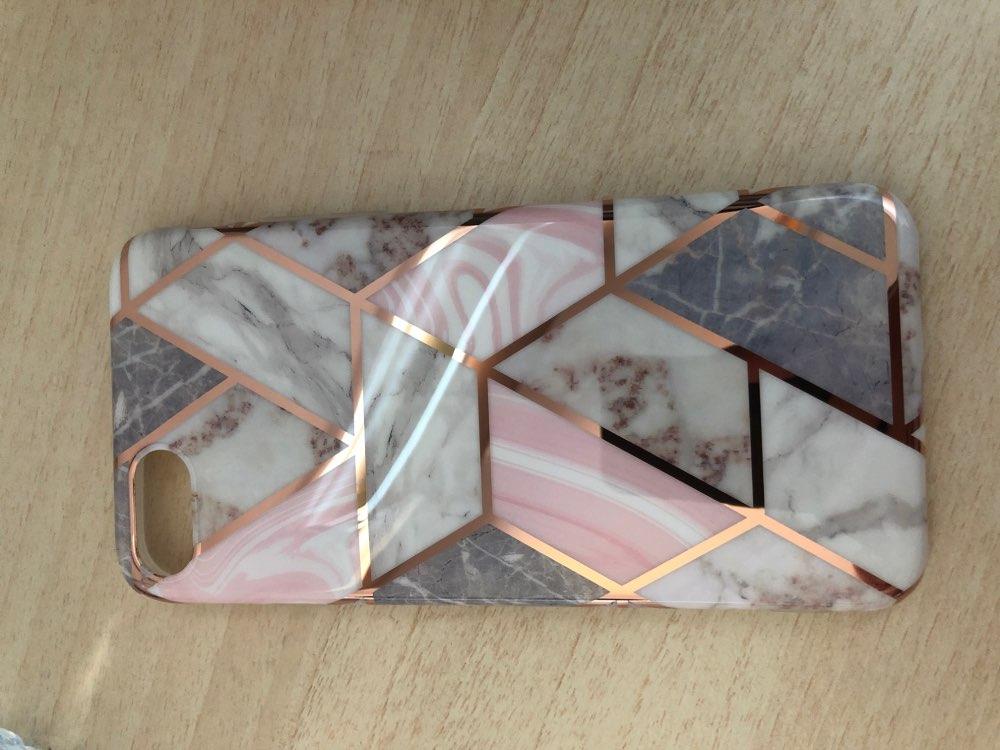 Funda Mármol Geométrico para iPhone photo review