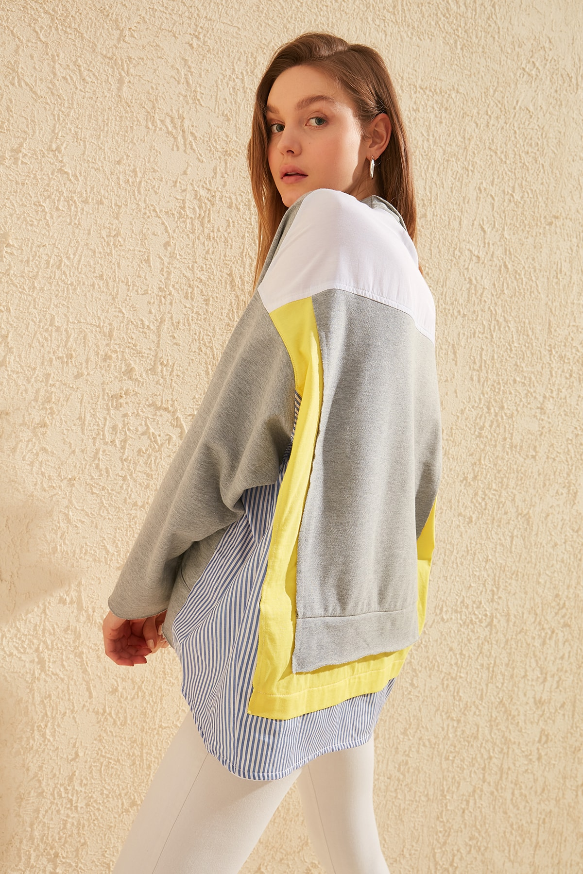 Trendyol With Color Block Oversize Knitted Sweatshirt TWOSS20SW0087