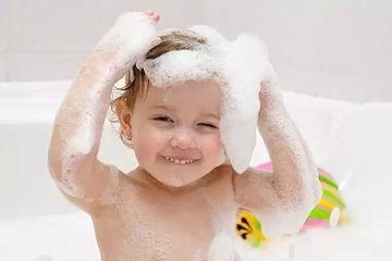 每天都给宝宝洗头对宝宝的身体好不好-养生法典