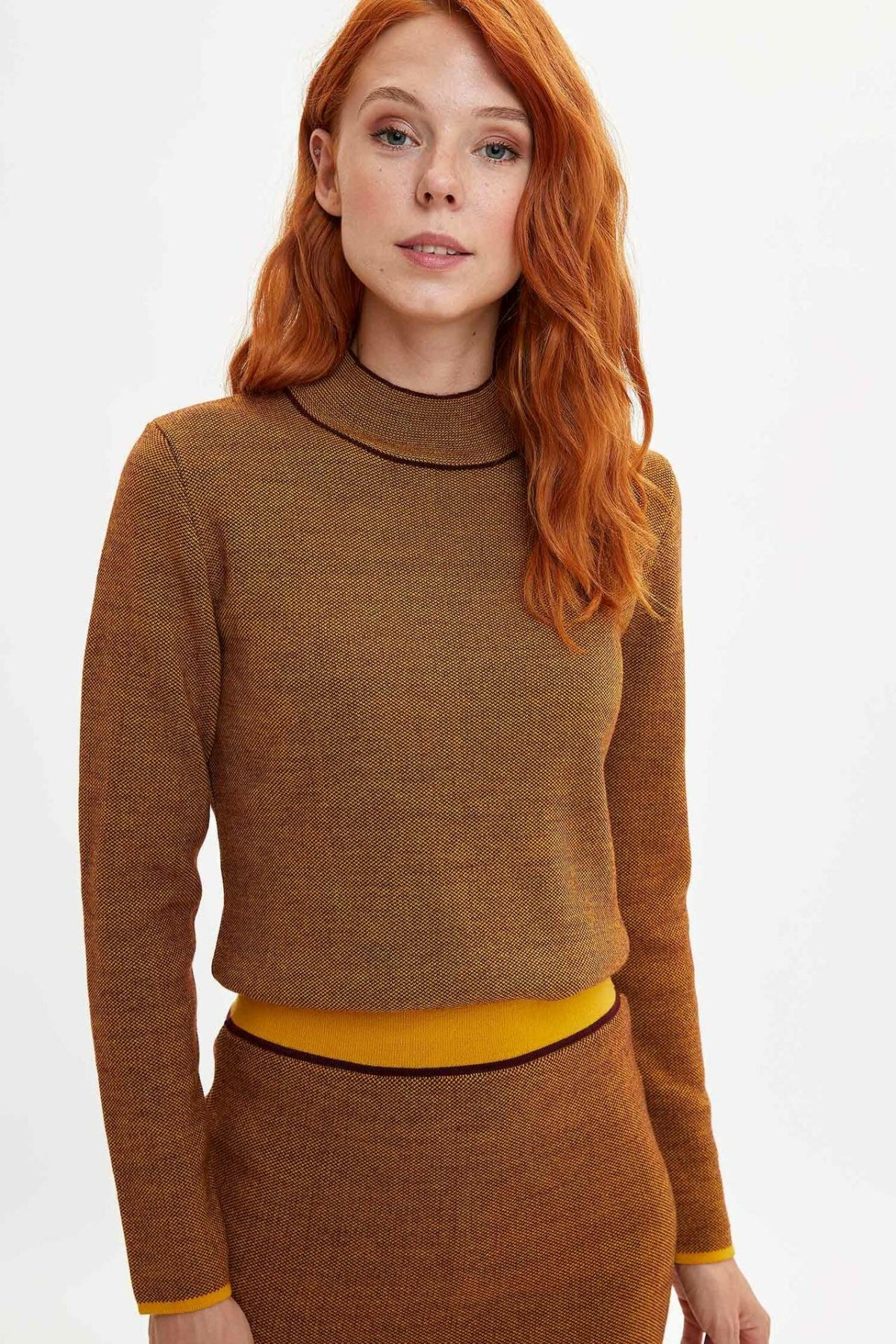 DeFacto Women Pure Color Leisure Short Knitted Sweatshirt Casual Long Sleeves Fashion Slim Knitted Female-L7477AZ19WN