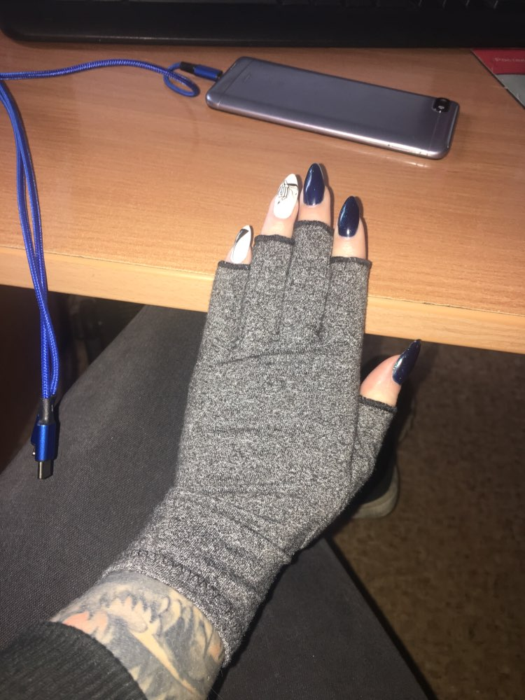 PainAway™ Compression Gloves photo review