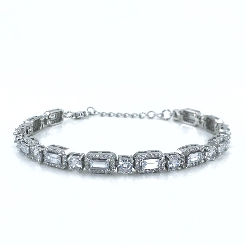 Diamond Model Baget Watercourse Custom Silver Bracelet