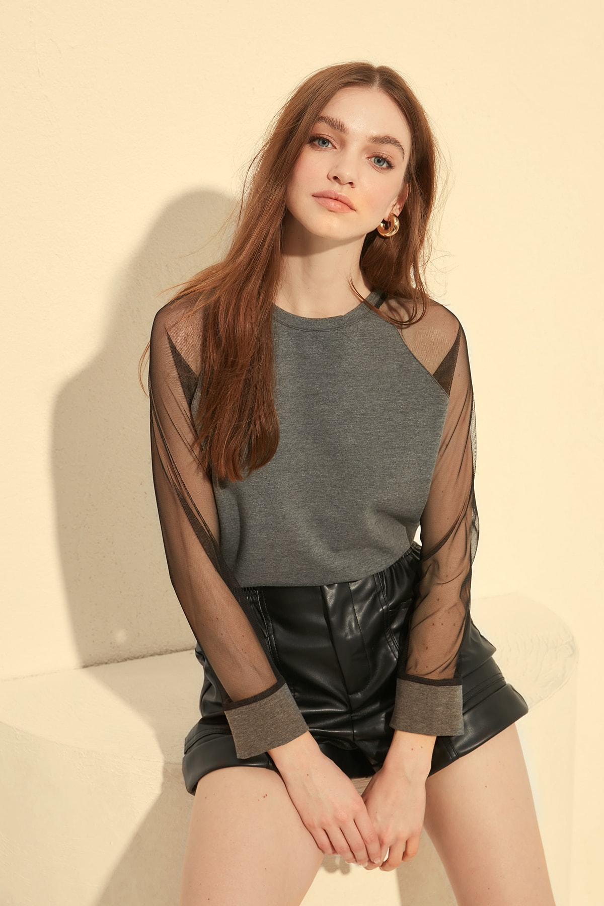 Trendyol Tulle Detailed Basic Knitted Sweatshirt TWOSS20SW0058