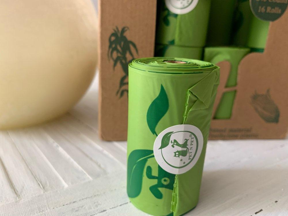 Environmentally Friendly Biodegradable Dog Poop Bags