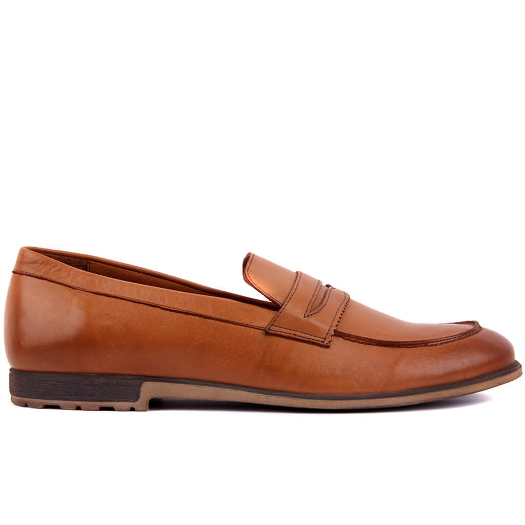Sail Lakers-Tan Men Casual Shoes