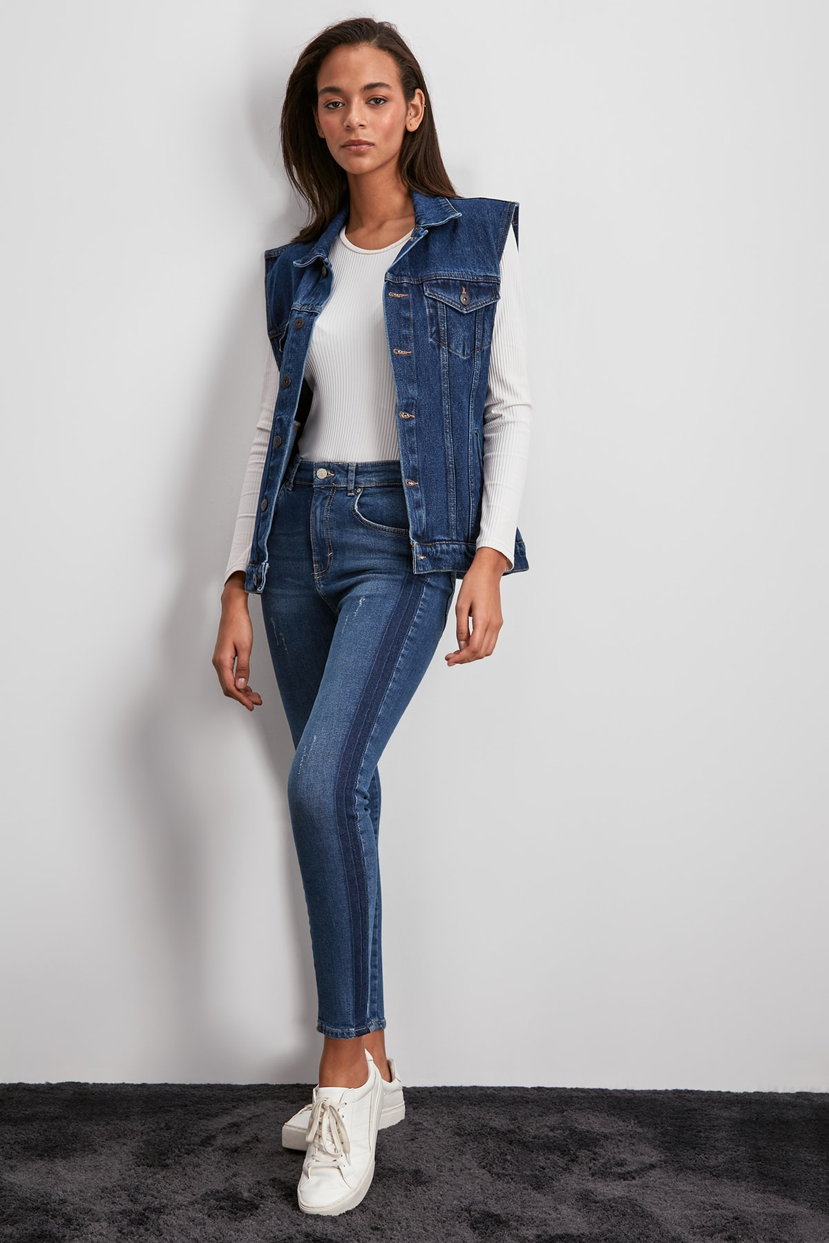 Trendyol So Blocky Normal Waist Skinny Jeans TWOSS19JE0022
