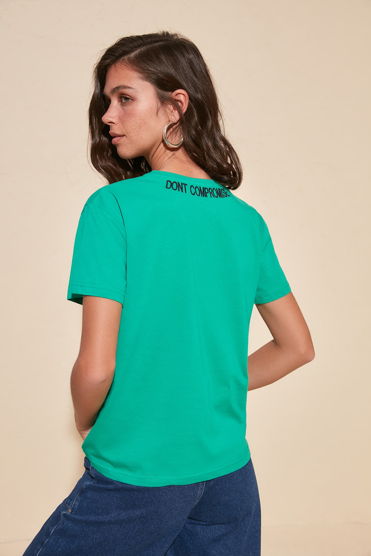 Trendyol Embroidered Semi-Fitted Knitted T-Shirt TWOSS20TS1017