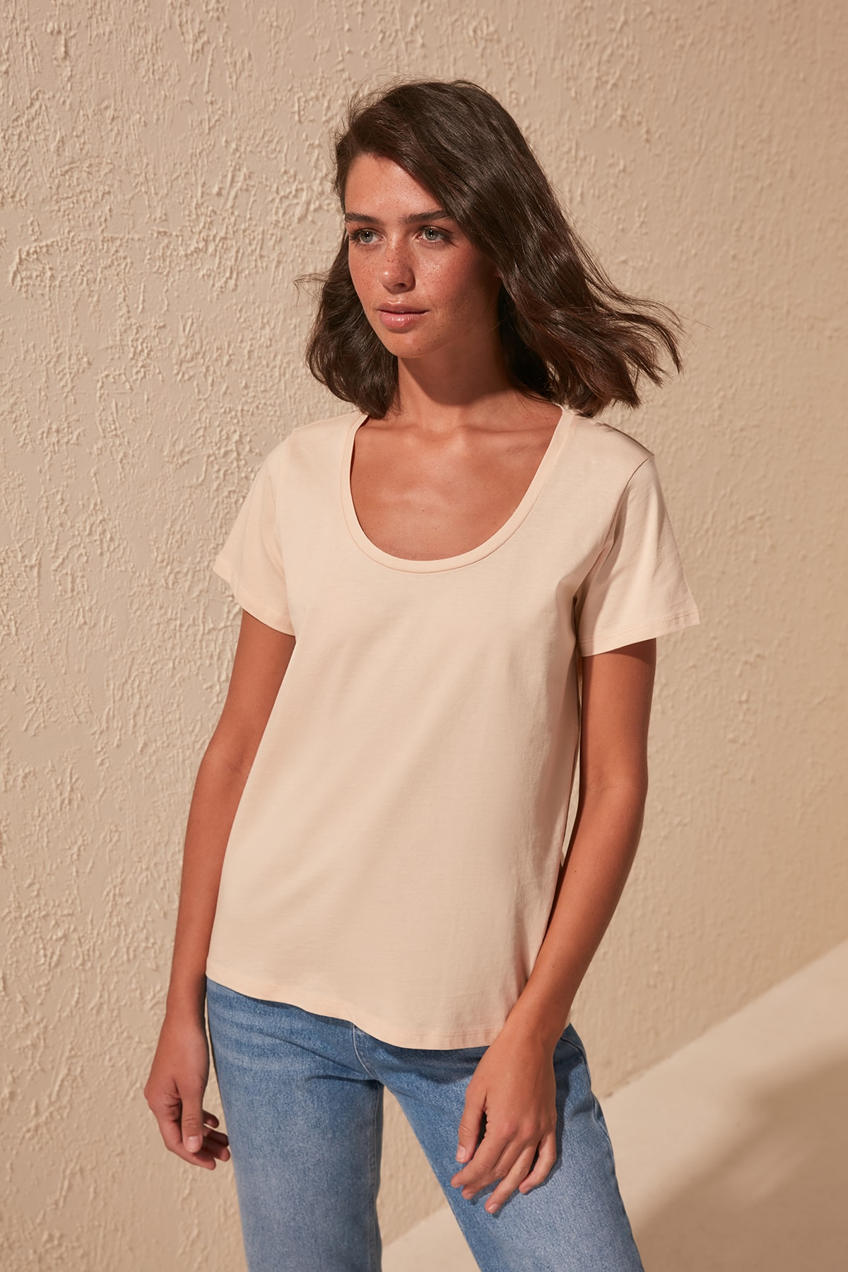 Trendyol 100 Cotton Pool Collar Basic Knitted T-Shirts TWOSS20TS0139