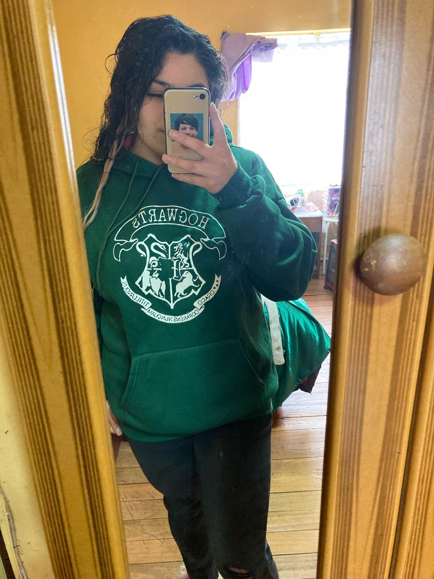 E-girl E-boy Harajuku Fan Hoodie with coat of arms of Hogwarts photo review