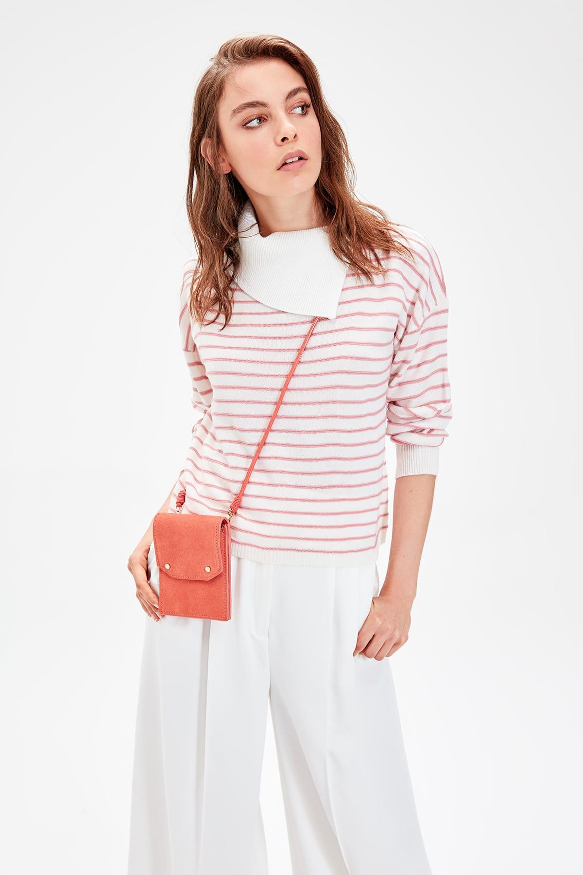 Trendyol WOMEN-Raw White Turtleneck Striped Sweater Sweater TWOAW20WW0009