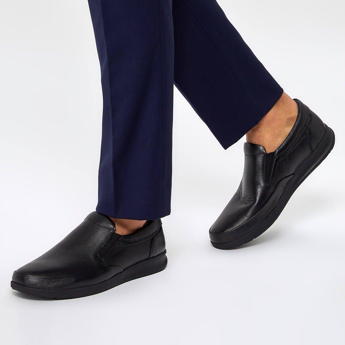 FLO 92.100894.M Black Male Shoes Polaris 5 Point