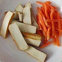 芹菜炒豆干的做法图解1