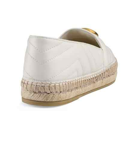 Kadın moda düz chevron-kapitone deri espadrilles İmza süs örgülü jüt platformu yuvarlak jüt kapaklı ayak