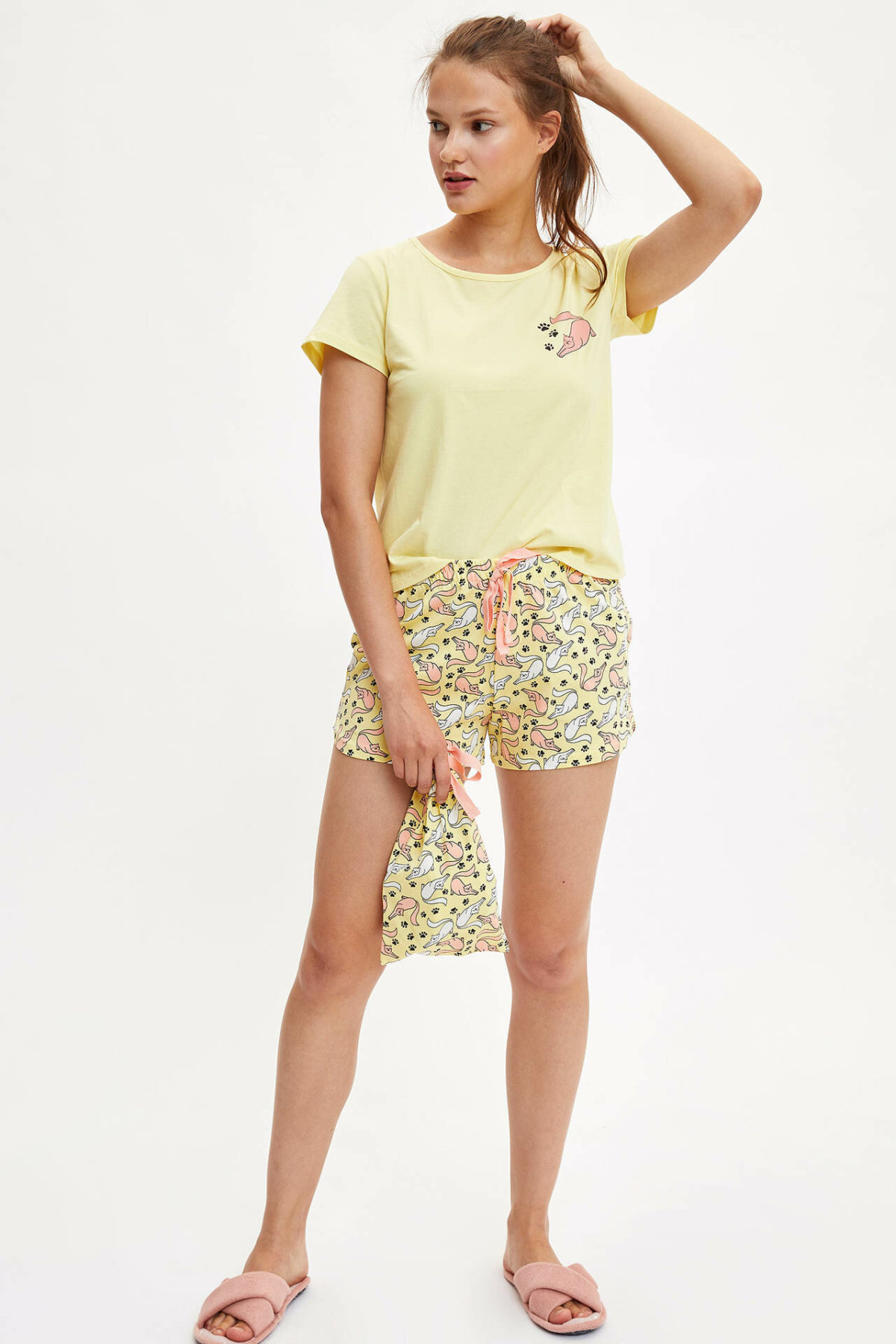 DeFacto Fashion Woman Knitted Sets Yellow Female Casual Lovely Pattern T-shirt Shorts Ladies Loose Comfort Clothes - K9596AZ19HS